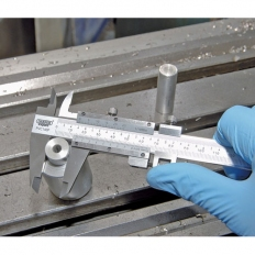 Draper 50605 Expert 0 - 140mm Vernier Caliper with Fine Adjustment